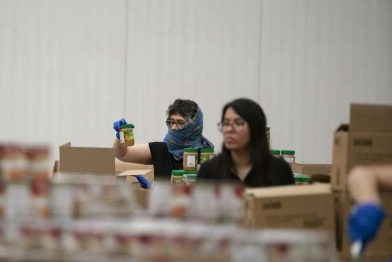 Avec le confinement, les banques alimentaires manquent de bras et d'argent