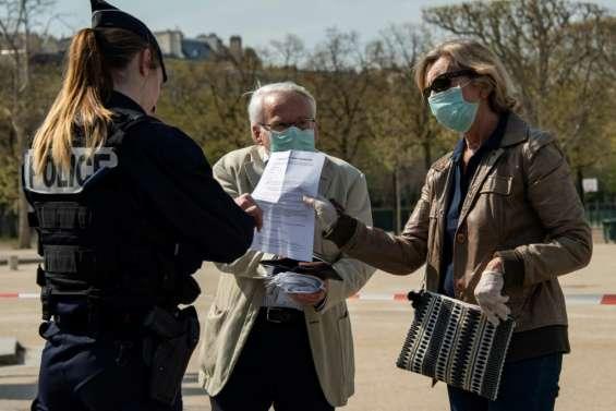 Coronavirus: la France en récession, en plus du lourd bilan humain