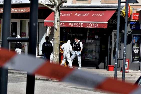 Attaque de Romans-sur-Isère: l'assaillant présenté mercredi à un juge d'instruction