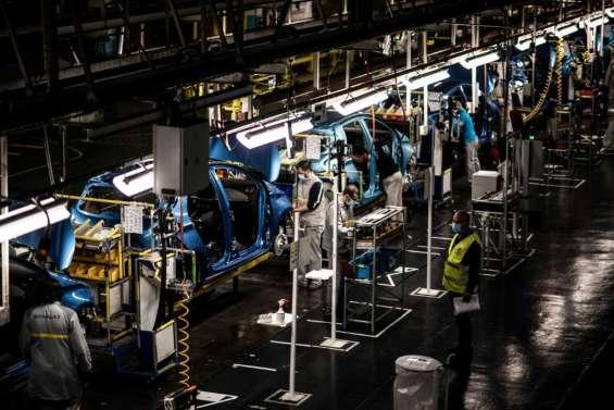 Renault: le gouvernement durcit le ton, le prêt n'est
