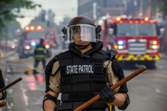 Des soldats déployés à Minneapolis après une 3e nuit d'émeutes