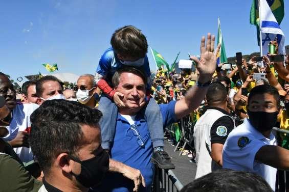 Coronavirus: le Brésil menace de sortir de l'OMS, la crise se calme ailleurs