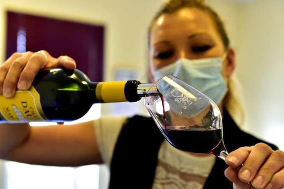Les primeurs à Bordeaux: une dégustation de vin en mode confiné