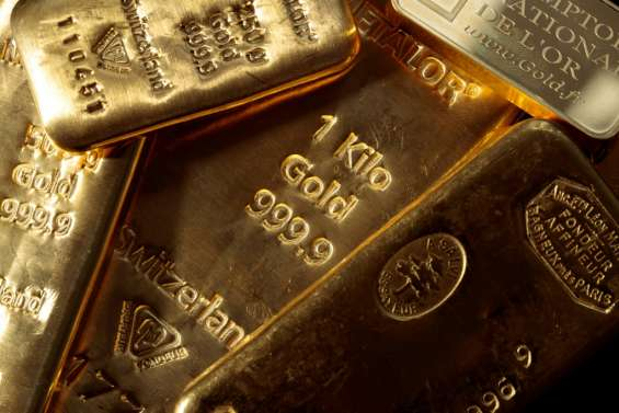 L'or continue de voler à des niveaux record