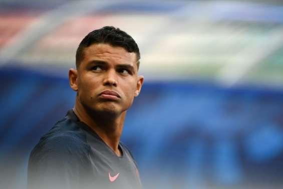 Coupe de France: Thiago Silva préféré à Kimpembe, Perrin titulaire avec les Verts