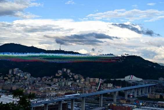 Gênes: deux ans après l'effondrement meurtrier, le nouveau pont inauguré