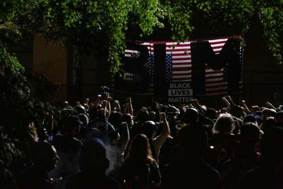 Portland: les troupes fédérales se retirent, les manifestants ne cèdent pas