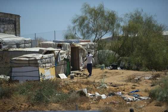 Espagne: en pleine pandémie, des migrants saisonniers abandonnés à leur sort