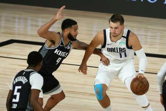 NBA: Doncic en mode record porte Dallas, Phoenix s'offre les Clippers