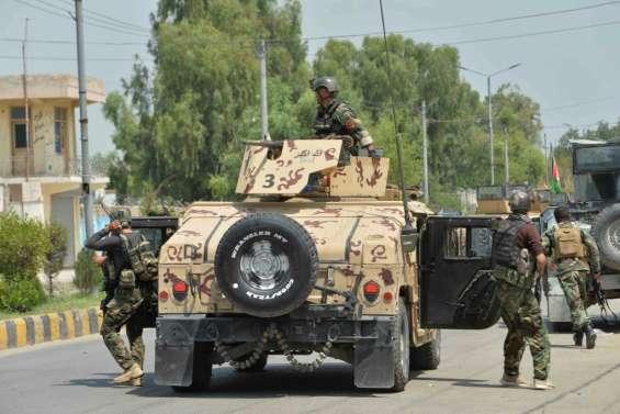 Afghanistan: un assaut jihadiste meurtrier contre une prison rompt un calme relatif
