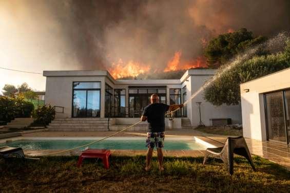 Incendie contenu près de Marseille, 2.700 personnes évacuées