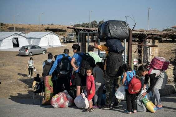 La Grèce assure qu'un nouveau camp migrants à Lesbos sera prêt