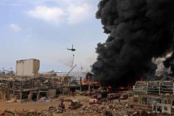 Enorme incendie au port de Beyrouth quelques semaines après l'explosion