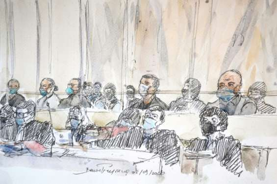 Devant la cour, les 2 minutes où Charlie Hebdo a été décimé par des