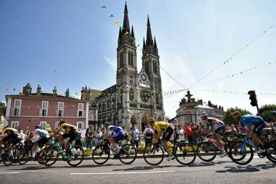 Tour de France: départ de 16e étape, dans les Alpes et au complet