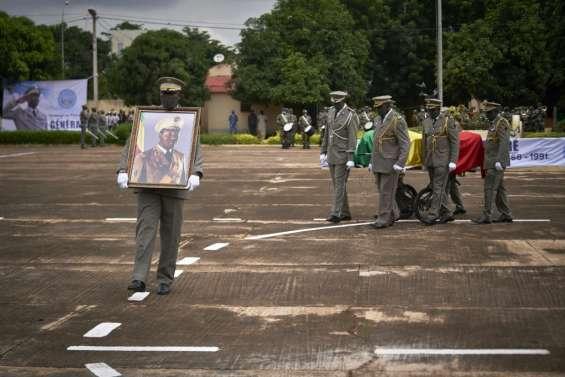 Le Mali rend hommage à l'ex-dictateur Moussa Traoré à ses funérailles