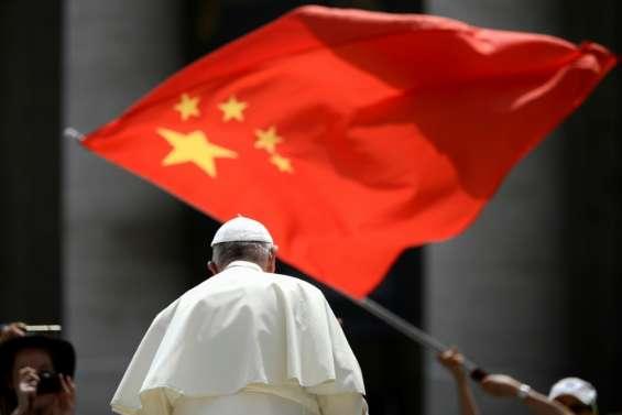 Pékin et le Vatican vont renouveler un mariage épineux, Washington à l'attaque