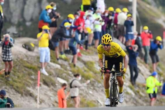 Tour de France: avantage à Roglic sur le sommet alpestre