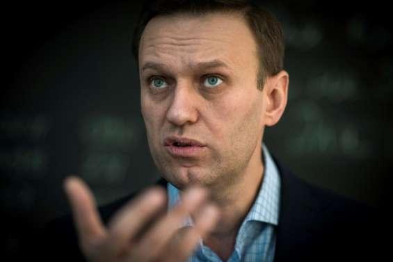 L'opposant russe Alexeï Navalny sorti du coma artificiel