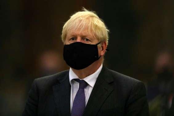 Virus: nouvelles restrictions en Angleterre, les Etats-Unis très proches des 200.000 morts