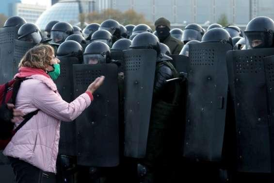 Bélarus : l'opposante Tikhanovskaïa appelle à la grève générale