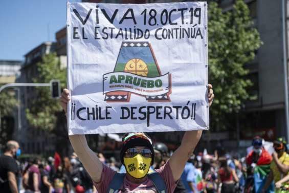 Chili: près de 600 arrestations au premier anniversaire de la révolte sociale