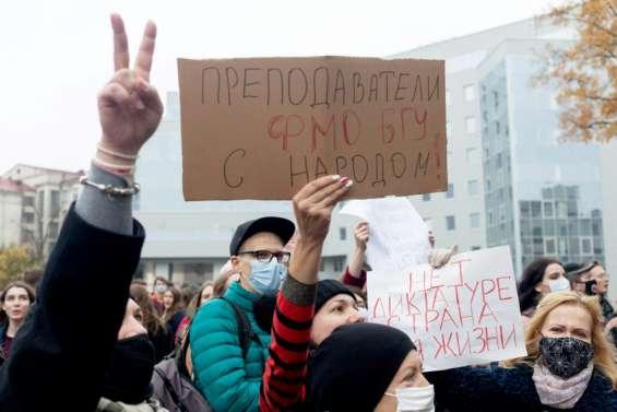 Bélarus: l'opposition annonce le début d'une grève, malgré les pressions