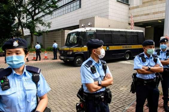 Hong Kong: le militant Tony Chung, premier à être inculpé en vertu de la loi sur la sécurité