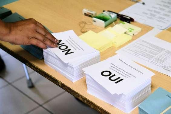 Référendum : en recul, le Non l'emporte à 53,26 %