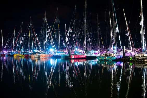 Vendée Globe: les 33 skippers larguent les amarres