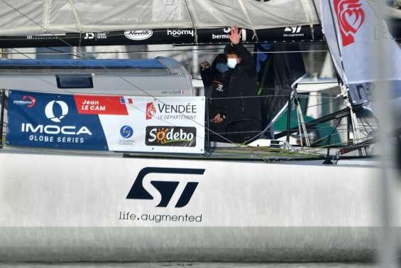 Vendée Globe: Jean Le Cam en tête après la première nuit en mer