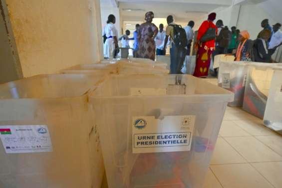 Présidentielle sous tension au Burkina, entre joute pouvoir-opposition et menaces jihadistes