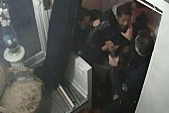 Tabassage de Michel Zecler: les quatre policiers mis en examen, deux écroués