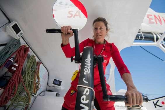 Vendée Globe: Abandon de Samantha Davies, victime d'une collision (équipe)
