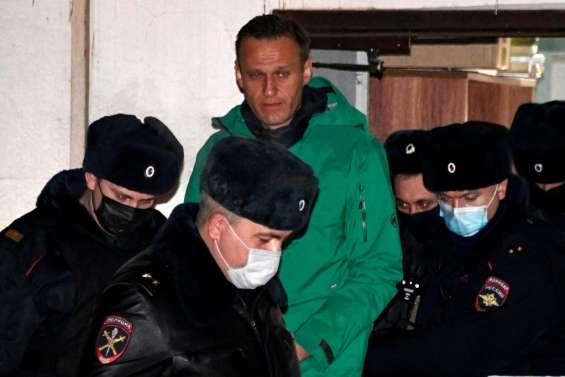 Le Kremlin rejette les appels à libérer Navalny, met en garde contre des manifestations