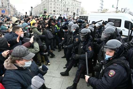 Russie: près de 3.500 manifestants pour Navalny arrêtés