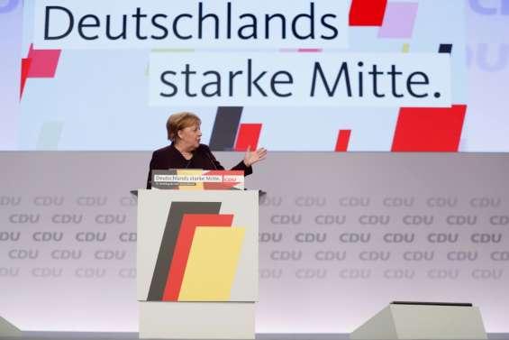 La CDU élit son président, Merkel plaide pour un cap centriste