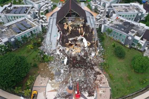 Indonésie: 56 morts dans le séisme de Célèbes (nouveau bilan)