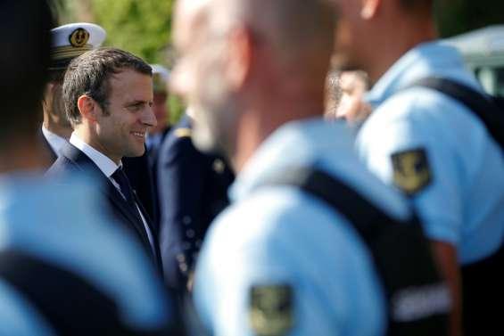 A Brest, Macron au contact de mousses pour ses voeux aux armées
