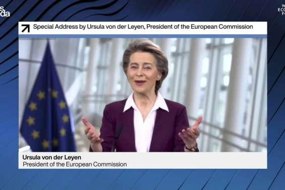 A Davos, Ursula von der Leyen réclame un