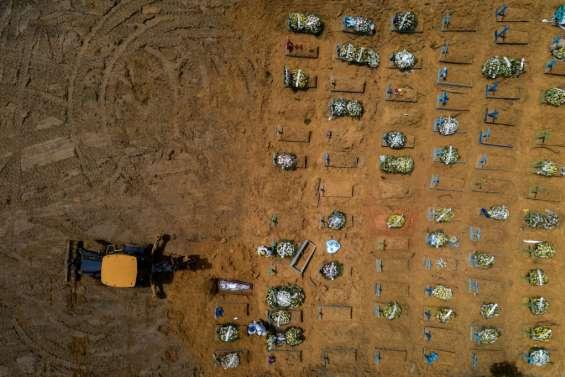 Brésil: face à la pandémie, l'extension du plus grand cimetière de Manaus