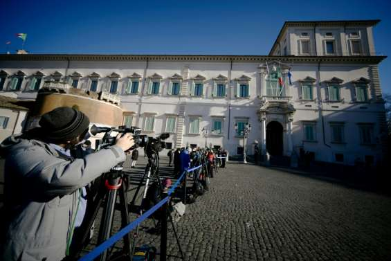 Italie: le gouvernement s'écroule, place aux consultations tous azimuts
