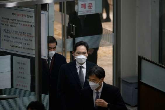 Corée du Sud: deux ans et demi de prison pour le patron de Samsung, rejugé pour corruption