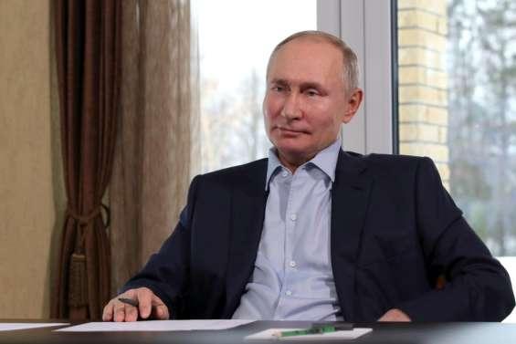 Poutine se défend d'avoir un palais, l'équipe de Navalny appelle à manifester