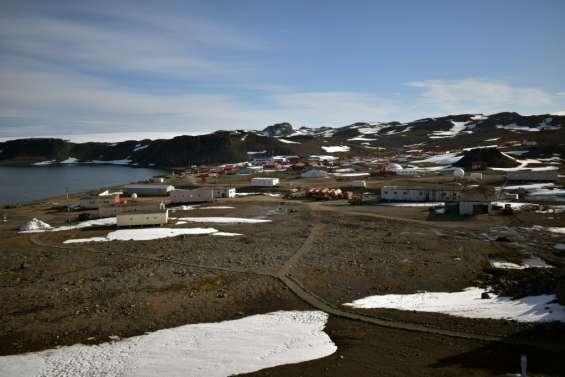 Antarctique: fort séisme de magnitude 7 près d'une base chilienne