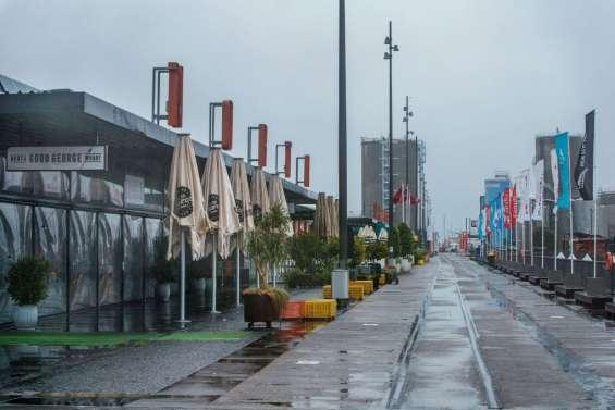 Virus: confinement à Auckland, quarantaine à l'hôtel en Angleterre
