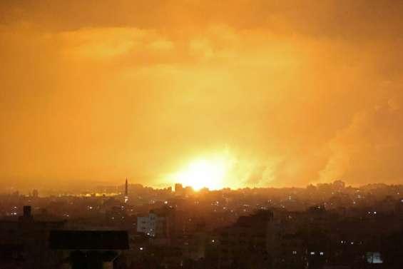Israël pilonne la bande de Gaza, plus de 100 morts