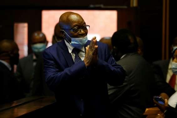 Afrique du Sud: l'ex-président Zuma devant la justice pour corruption