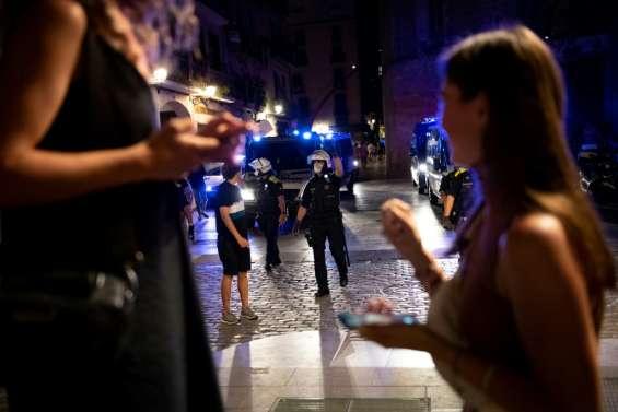 Covid-19: en Europe, les mesures se multiplient pour contenir la vague annoncée