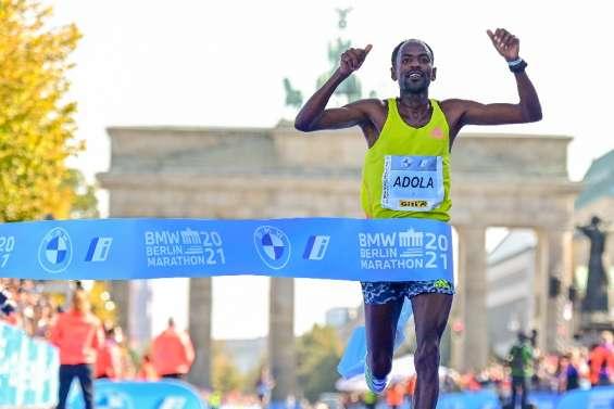 Adola vainqueur du marathon de Berlin, Bekele seulement troisième